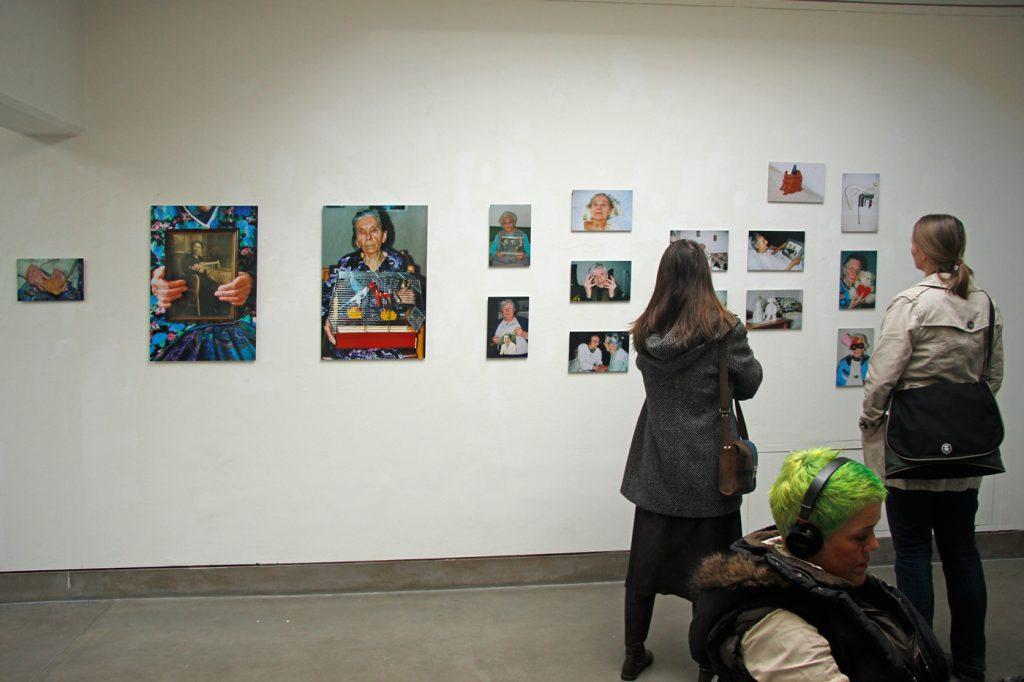 "Ausstellung ""Reise ins Dunkel"" (Kunstforum Bonn 2013)"