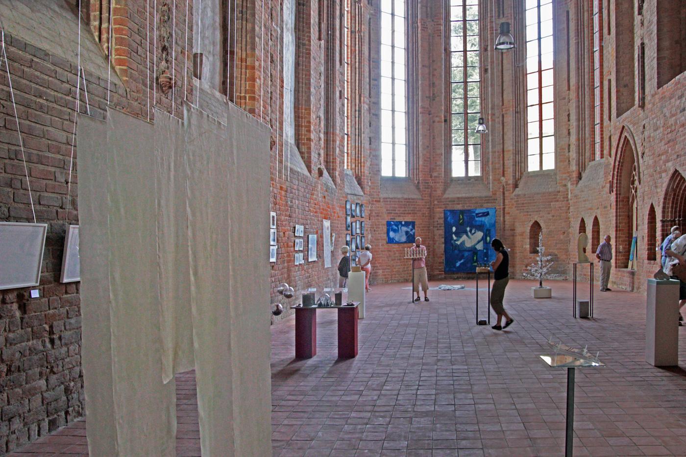 Far enough - Ausstellung in der Klosterkirche Angermünde 2016